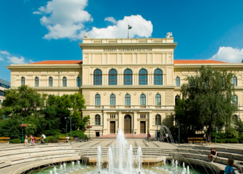 L'UNIVERSITÉ DE SZEGED